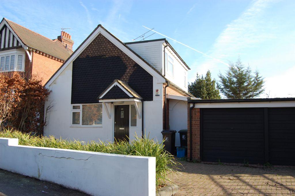 Russell Road  Buckhurst Hill  IG9