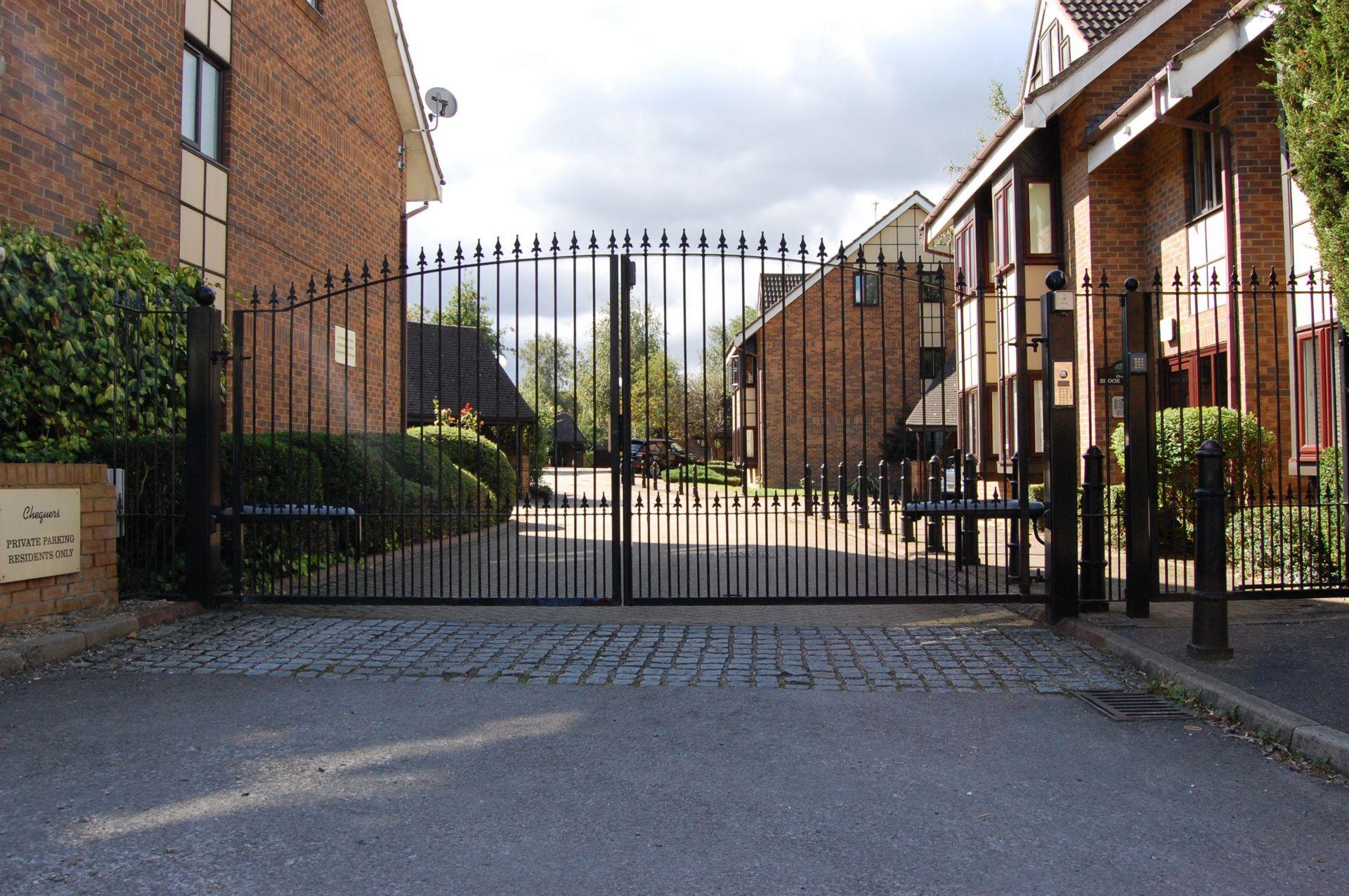 The Chequers  Buckhurst Hill  IG9