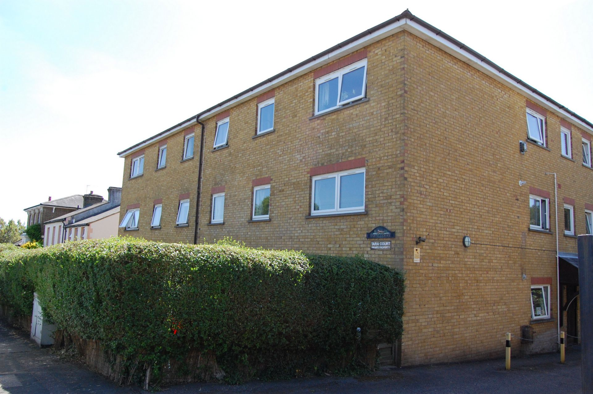 Princes Road  Buckhurst Hill  IG9