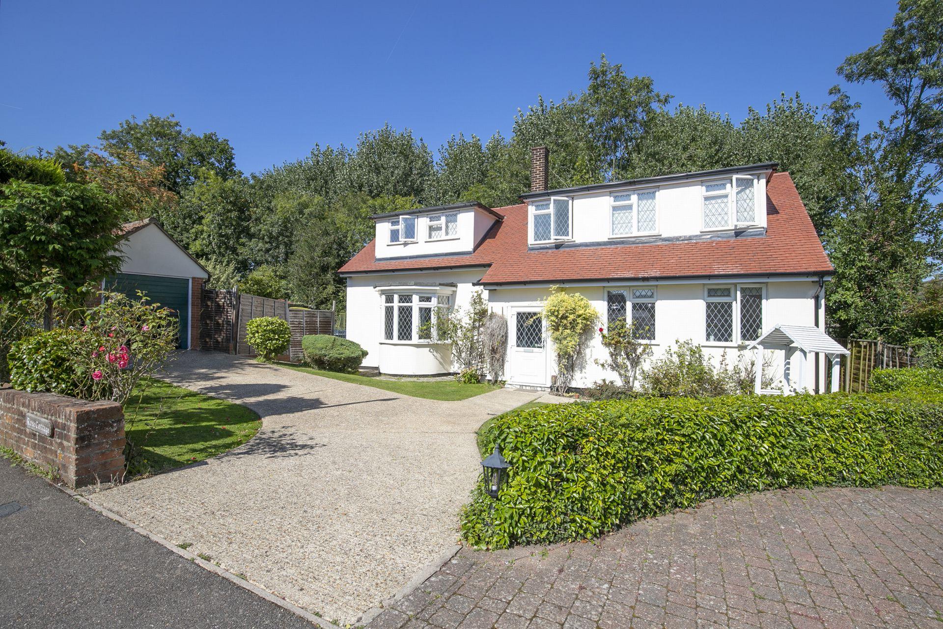 Powell Road  Buckhurst Hill  IG9