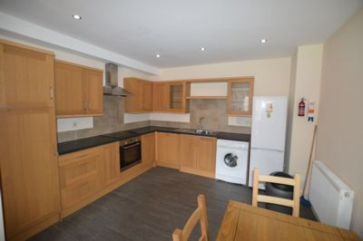 KITCHEN / LIVING, Bulwer Road, Clarendon Park, LE2