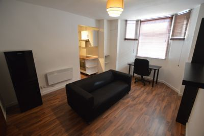 LIVING ROOM, Saxby Street, Leicester, LE2
