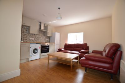 LOUNGE/KITCHEN, Welford Road, Leicester, LE2