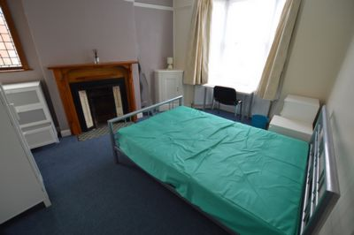 BEDROOM, Lorne Road, Clarendon Park, LE2