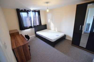 BEDROOM, Howard Road, Leicester, LE2
