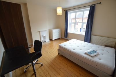BEDROOM, Lytton Road, Leicester, LE2