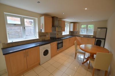 KITCHEN, Winchester Avenue, West End, LE3