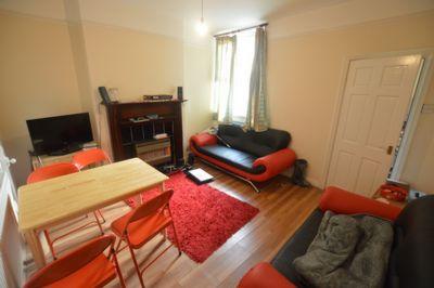 LIVING ROOM, Lorne Road, Clarendon Park, LE2