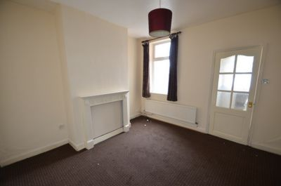 LIVING ROOM, Cavendish Road, Leicester, LE2