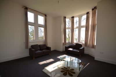 LIVING ROOM, Grosvenor Gate, Leicester, LE5