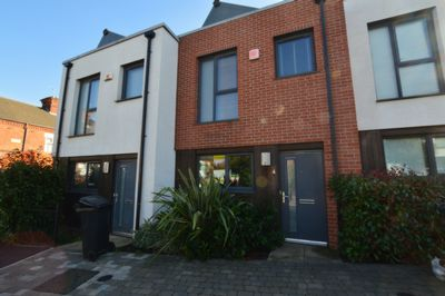 Front, Wheatsheaf Way, Leicester, LE2