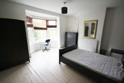 BEDROOM, Lorne Road, Leicester, LE2