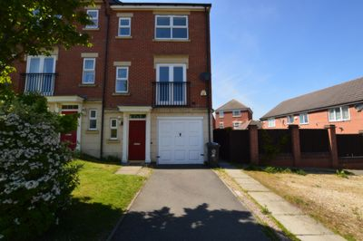 FRONT, Cransley Close, Hamilton, LE5