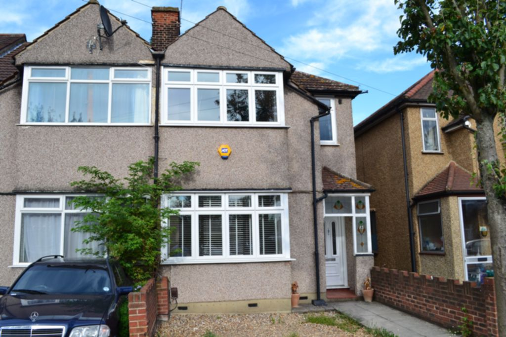 Inverness Drive  Hainault  IG6