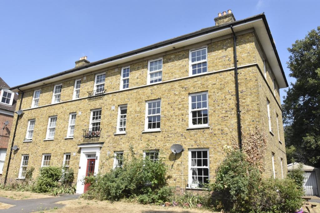 Kidbrooke Grove  Blackheath  London  SE3