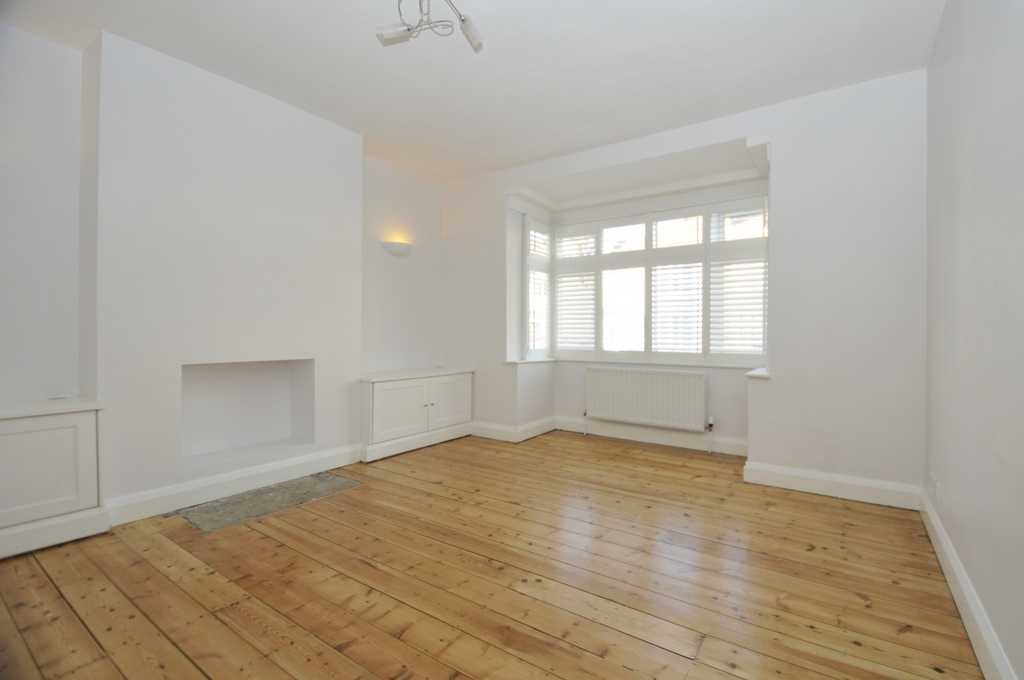 Dallinger  Road  Lee  London  SE12