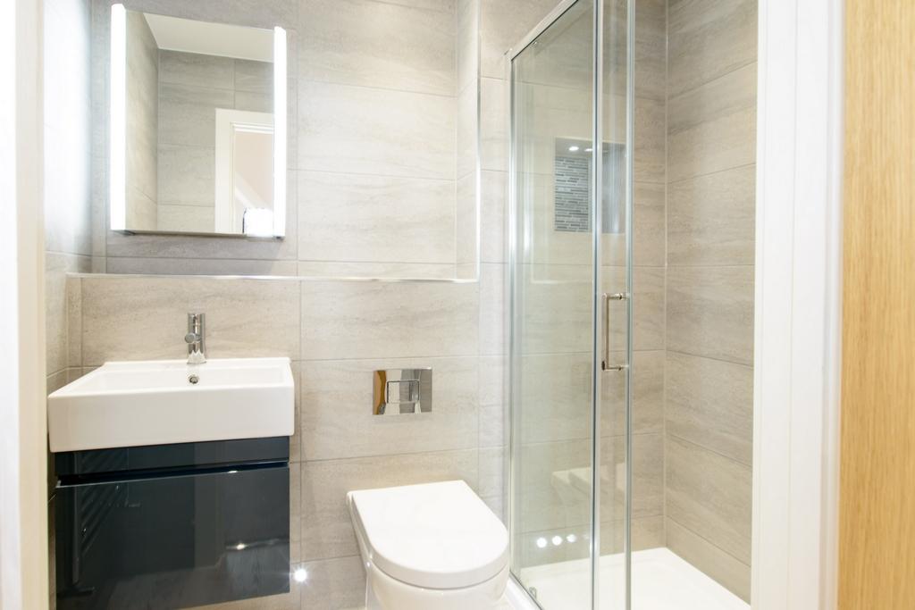 En-Suite to Bedroom 2 -