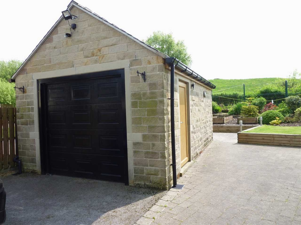 Detached Stone Garage
