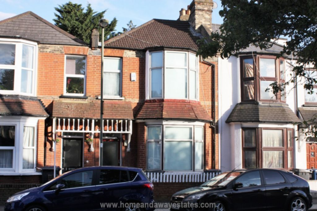 Beresford Road  East Finchley  N2