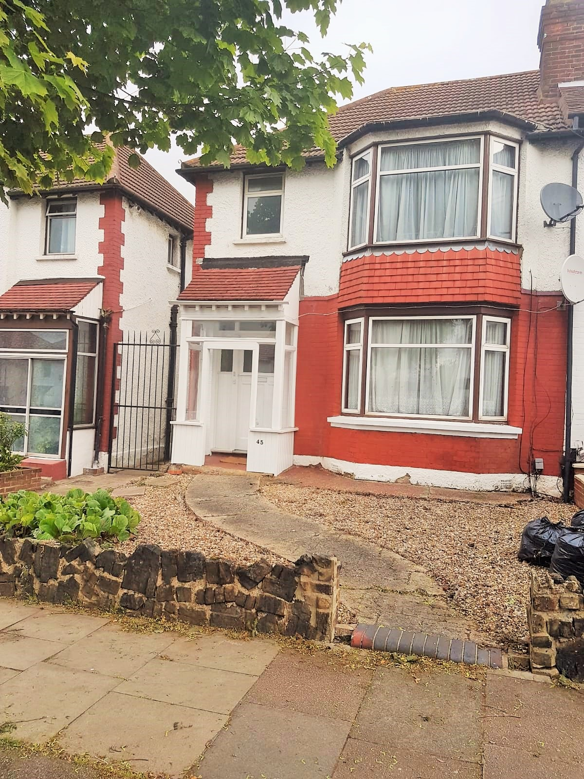 Upsdell Avenue  Palmers Green  N13