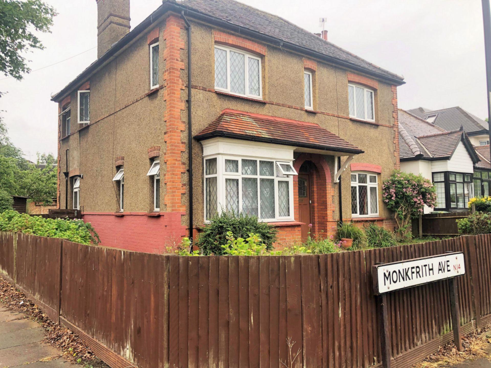 Monkfrith Avenue  Southgate  N14