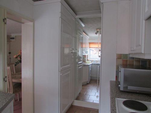 Into Kitchen Photo 2
