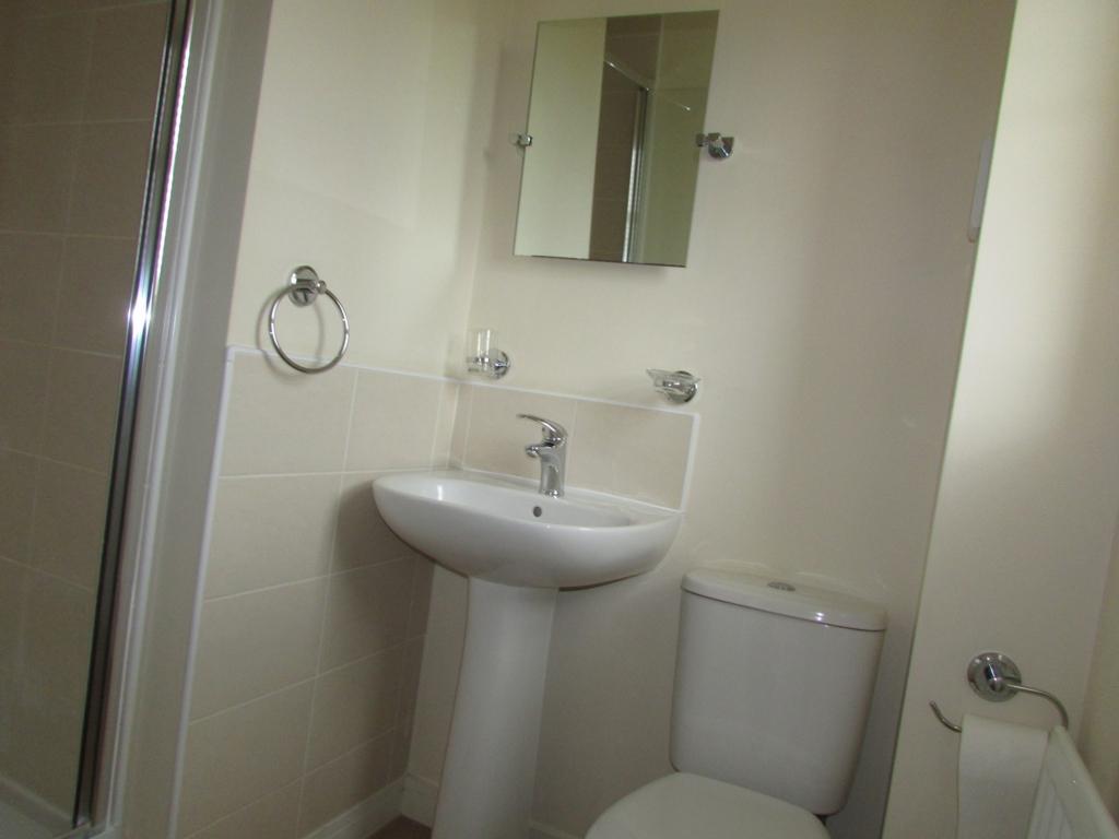 Shower En-Suite
