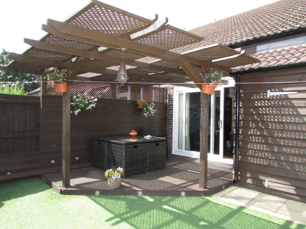 Patio & Gazebo