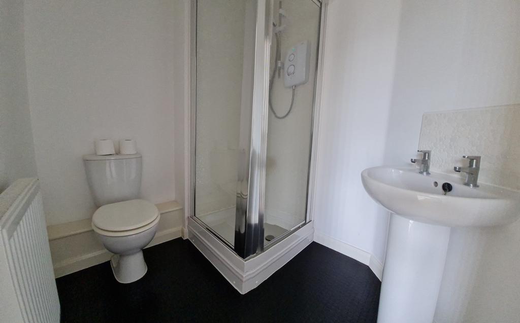 Shower En_Suite