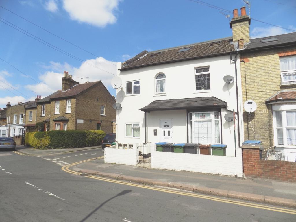 Grove Road  Walthamstow  E17