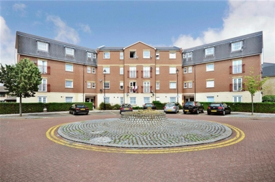 Queensbury Place  Manor Park  E12