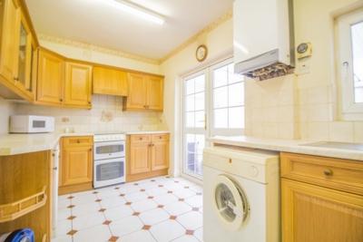 Gainsborough Avenue  Manor Park  E12