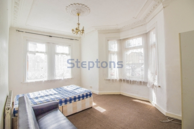 Sheringham Ave  Manor Park  E12