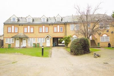 Elgar Close  Upton Park  E13