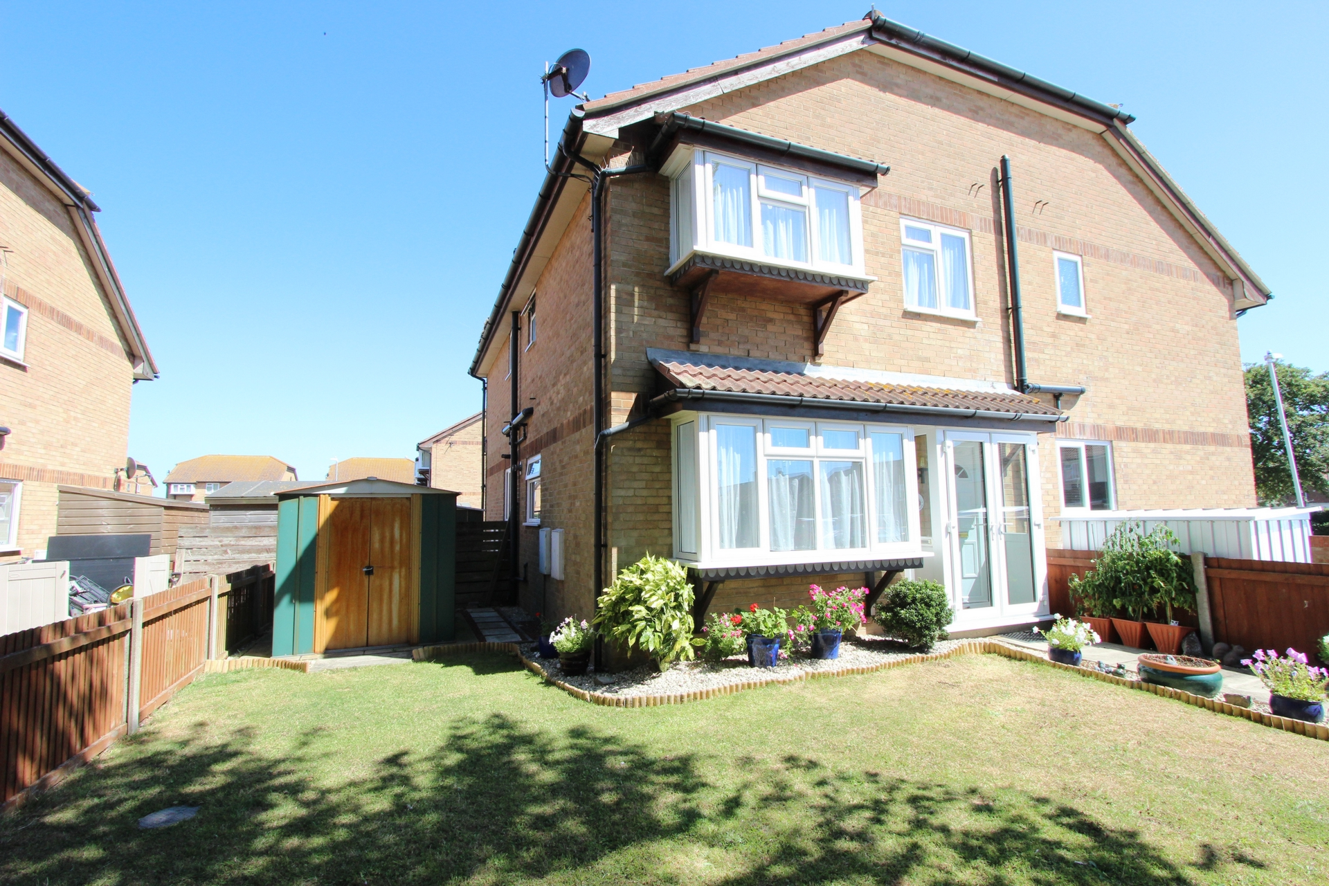 Canute Walk  Deal  CT14