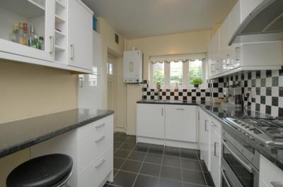 Photo 5, Aylmer Road, East Finchley, N2