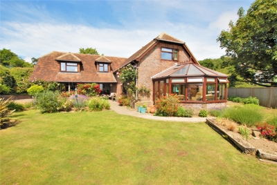 Front, Blackhouse Hill, Hythe, CT21
