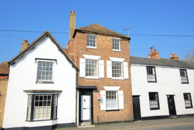 Front, Portland Road, Hythe, CT21