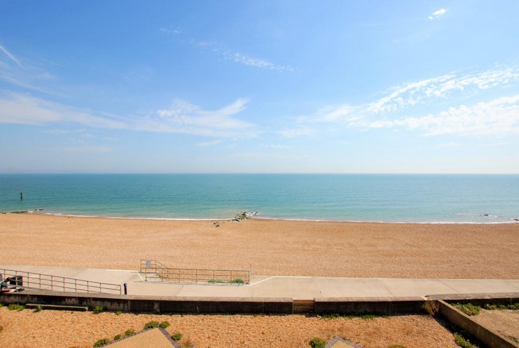Direct sea view