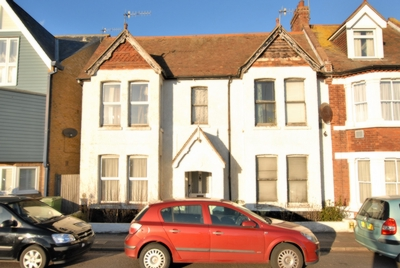 Photo 1, Rampart Road, Hythe, CT21