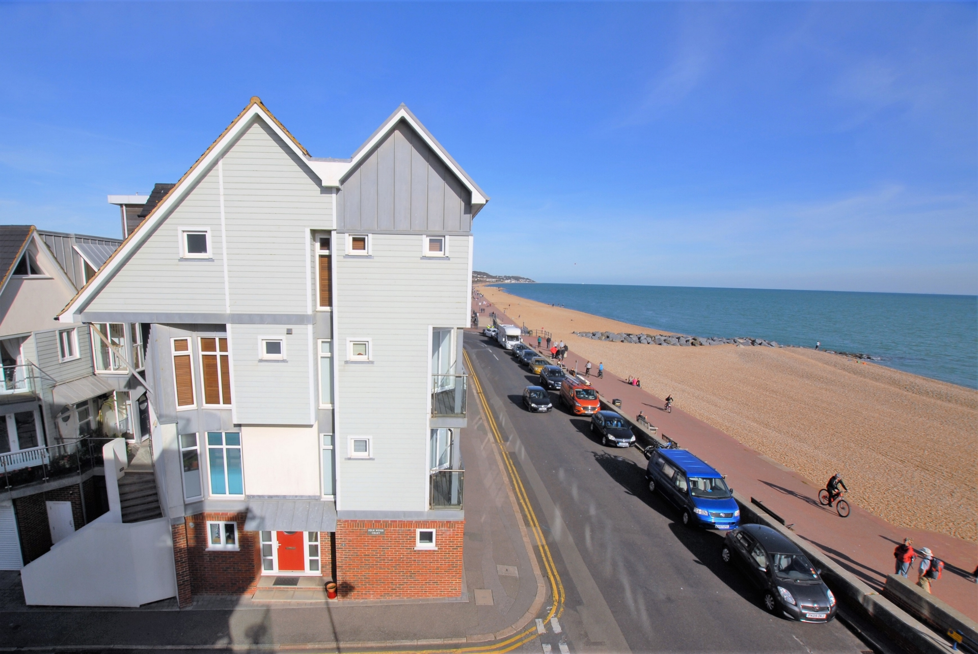 Main, West Parade, Hythe, CT21