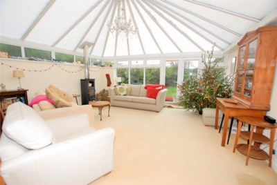 Tanners Hill Gardens  Hythe  CT21
