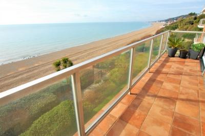 Balcony, Radnor Cliff, Sandgate, CT20