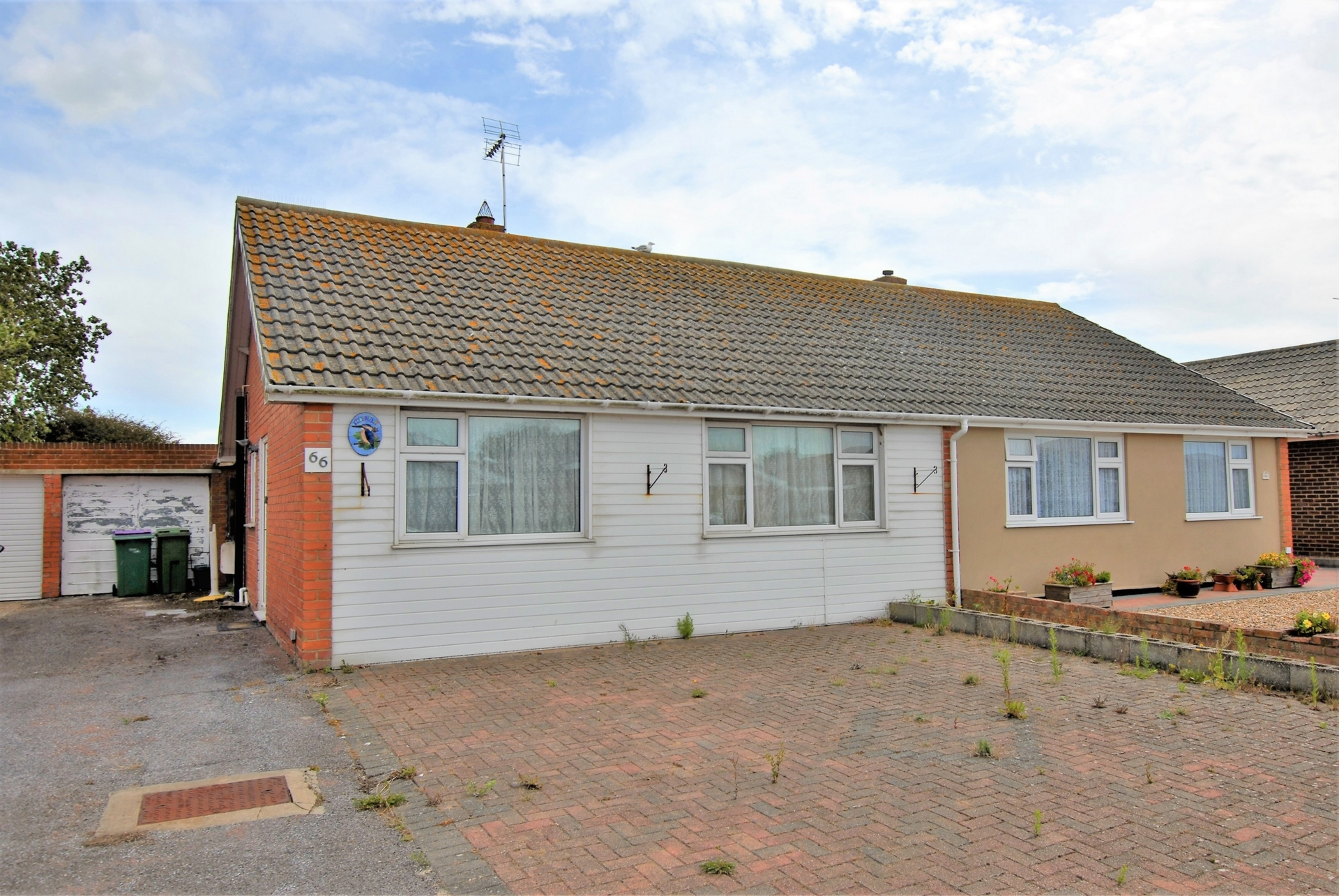 Front, Brockman Crescent, Dymchurch, TN29