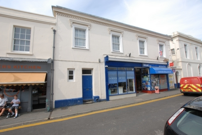 Front, Bank Street, Hythe, CT21