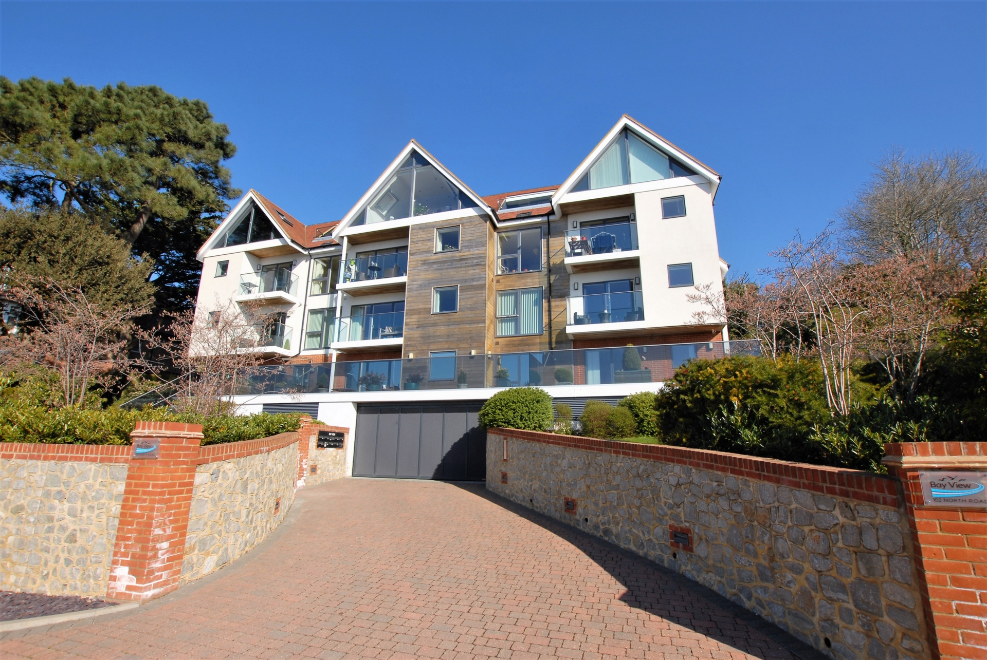 Front, North Road, Hythe, CT21