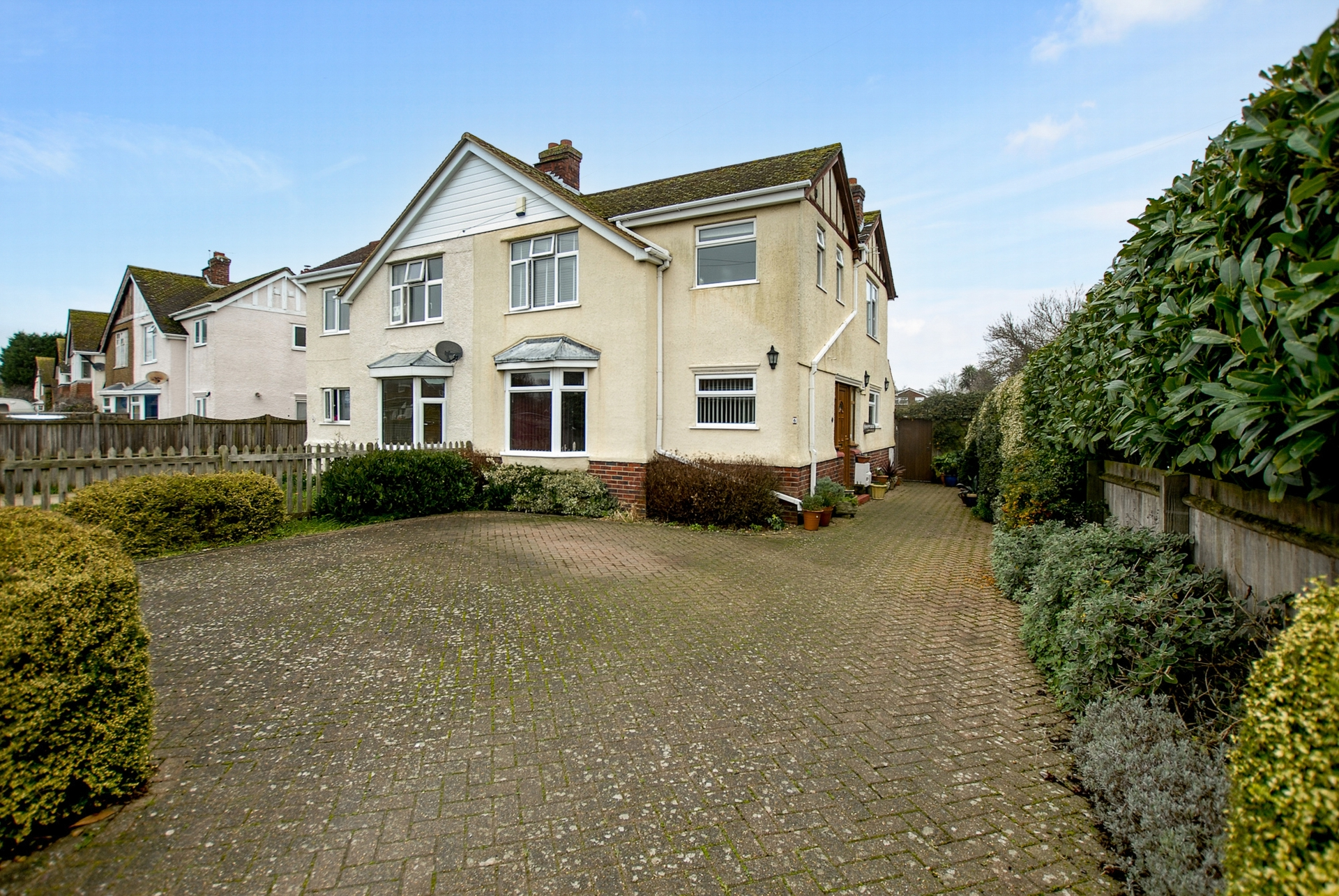 Front, Palmbeach Avenue, Hythe, CT21