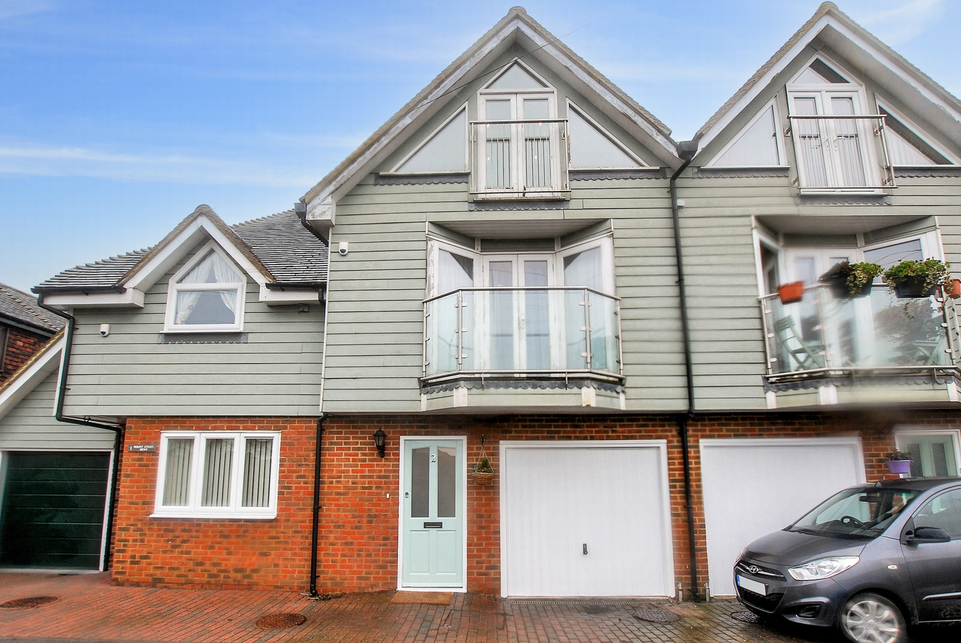 Front, Mount Street, Hythe, CT21