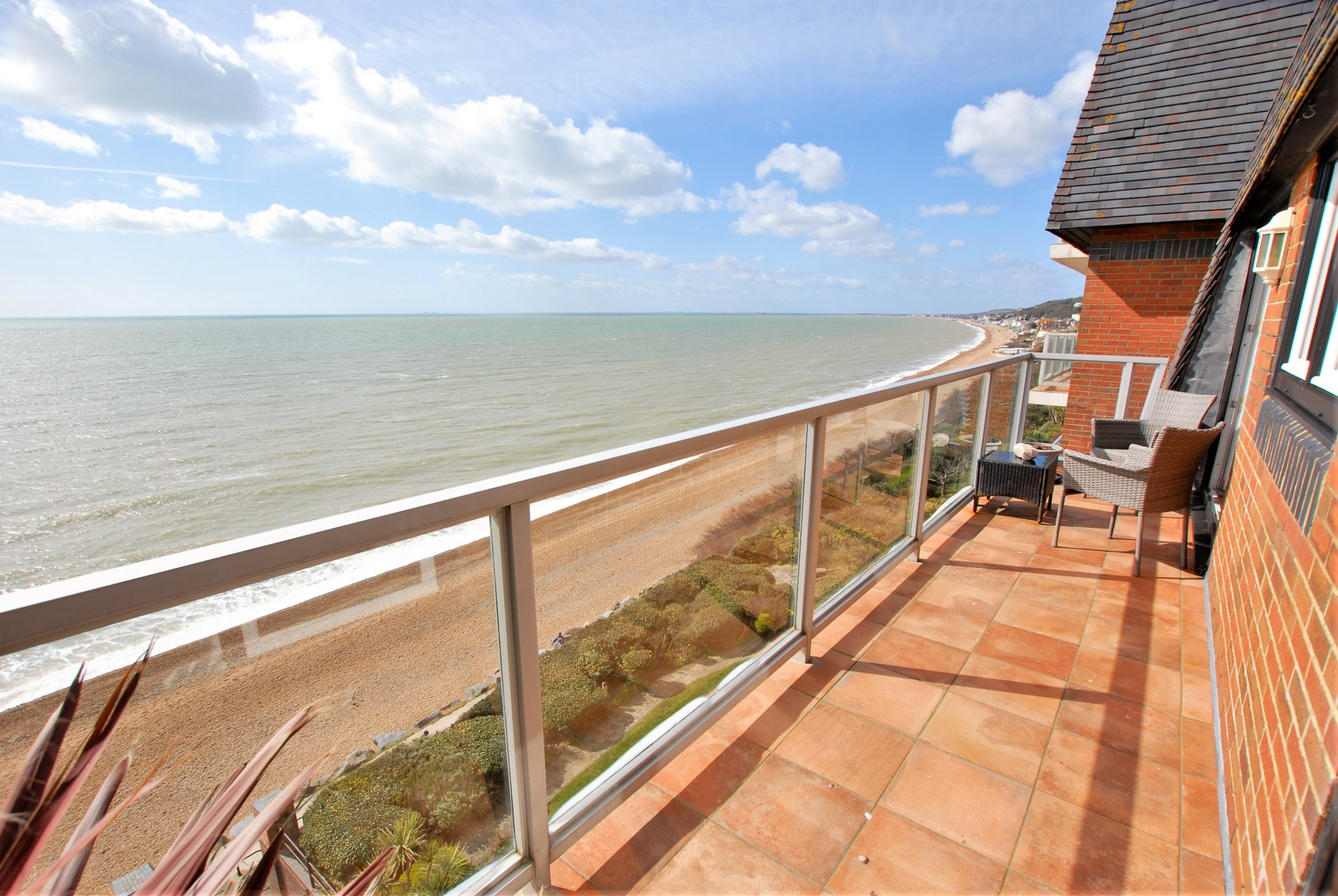 Balcony, Radnor Cliff, Sandgate, CT20