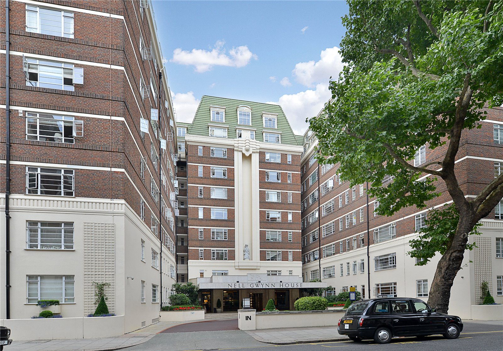 Sloane Avenue  Knightsbridge  SW3